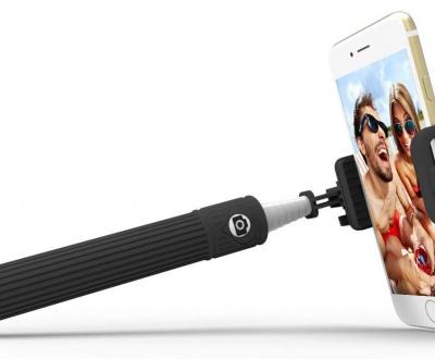 Ce este un selfie stick?