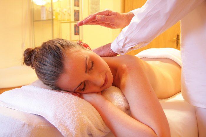 Care sunt beneficiile majore ale masajului thailandez?
