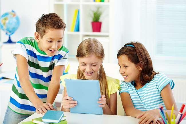 Ce alegeti dintre o bona si un afterschool pentru copilul dvs.?