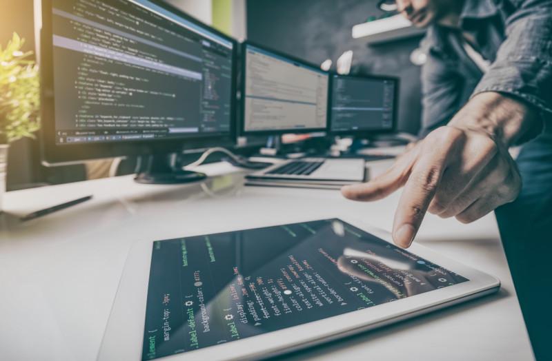 Ce face un programator, în afară de programare?