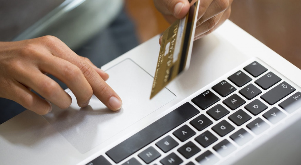 De ce este indicat sa iti cumperi produsele online?