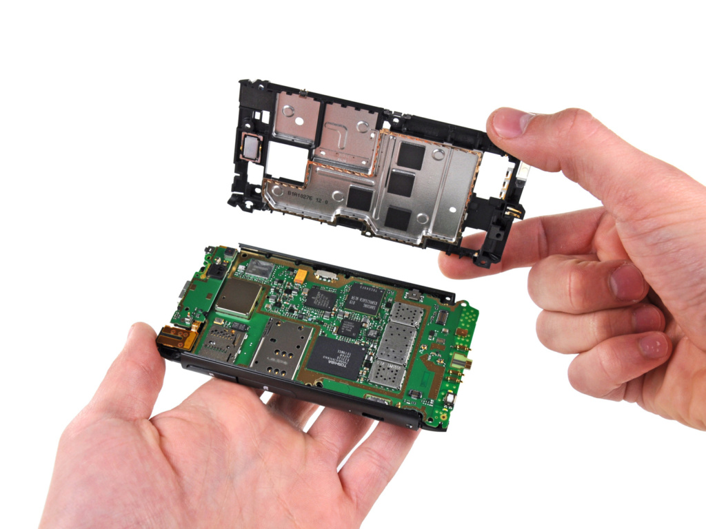 reparatiile-smartphone-si-service-urile-3rd-party