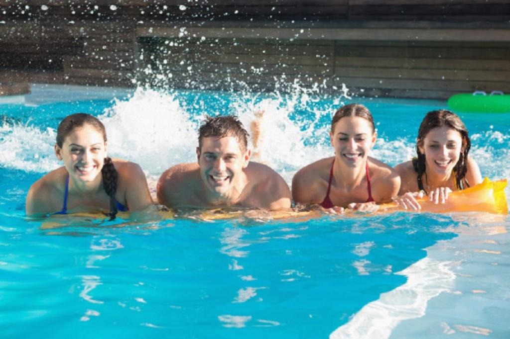 Se merita sa ai propria piscina atunci cand locuiesti la casa?
